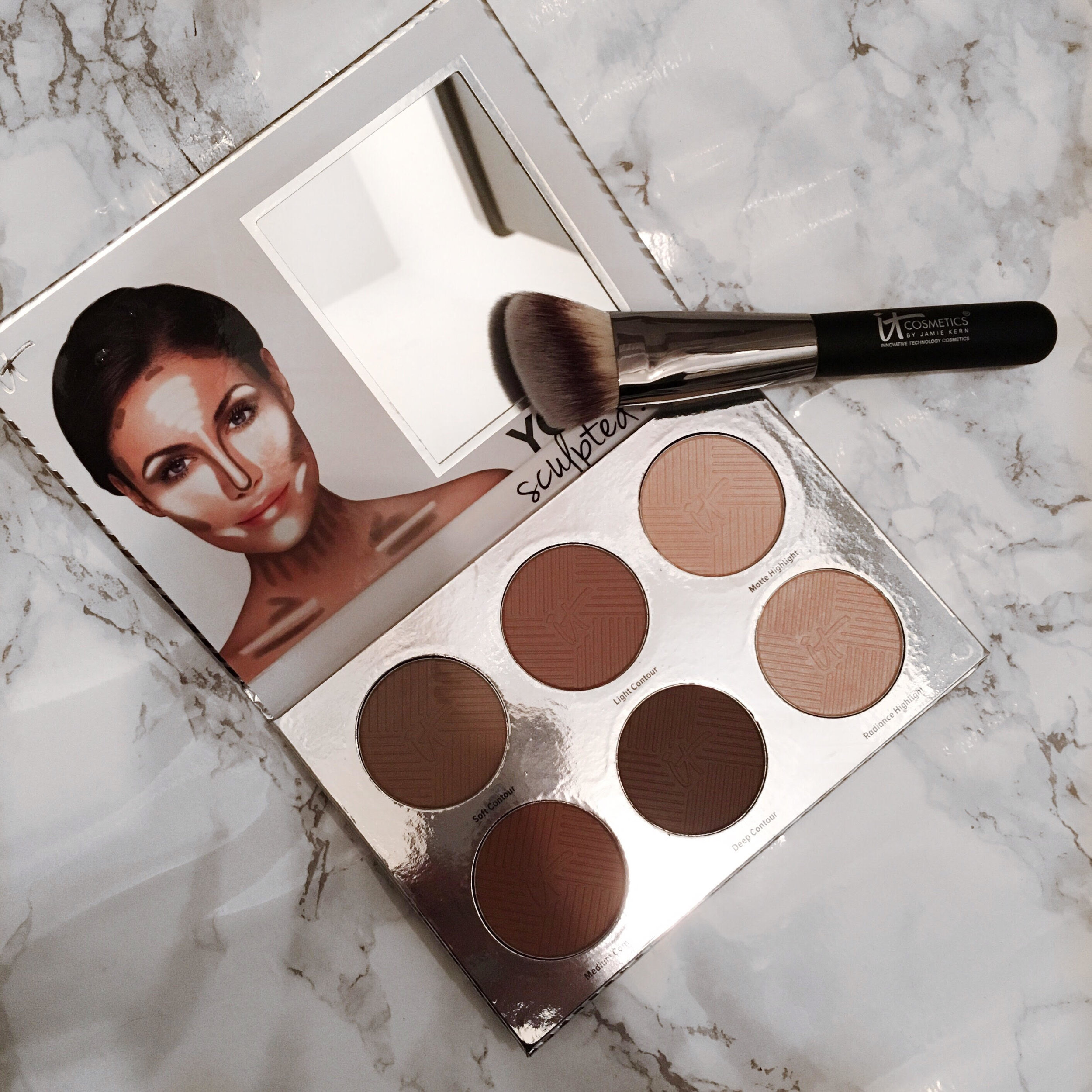 heavenly-luxer-angled-radiance-10-you-sculpted-contouring-palette-review.jpg