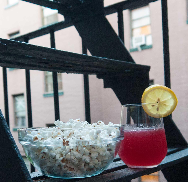 best-snacks-drink-for-netflix-tv-binge.jpg