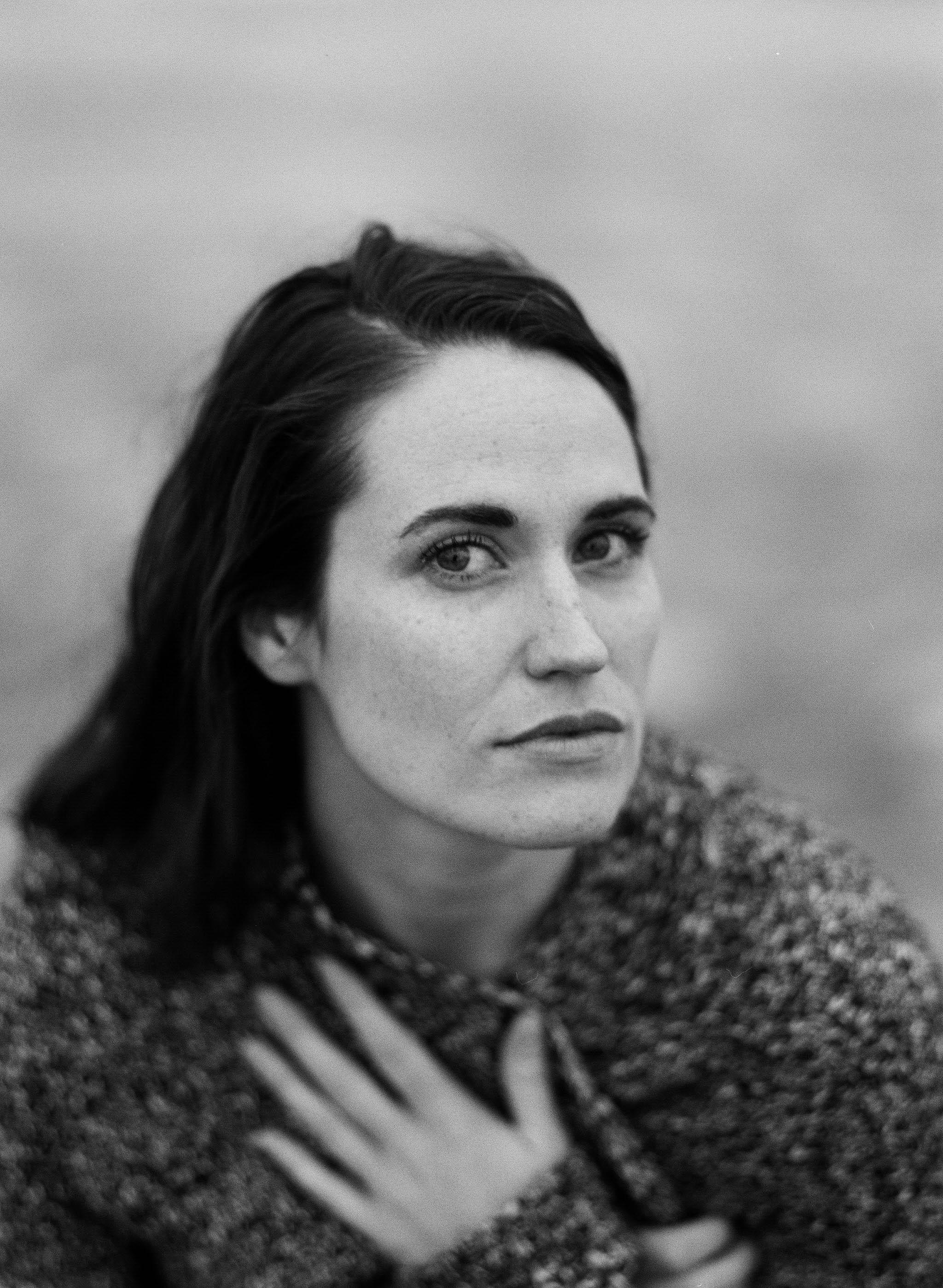 Kristen-Humbert-Philadelphia_Portrait_Photographer_Scarlett_Redmond_BnW-90290011.jpg