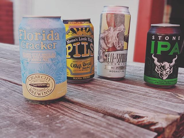 It's Taco Tues! 🌮🌮 Join us for $2/$3 tacos + cans from 5-8! 🍻