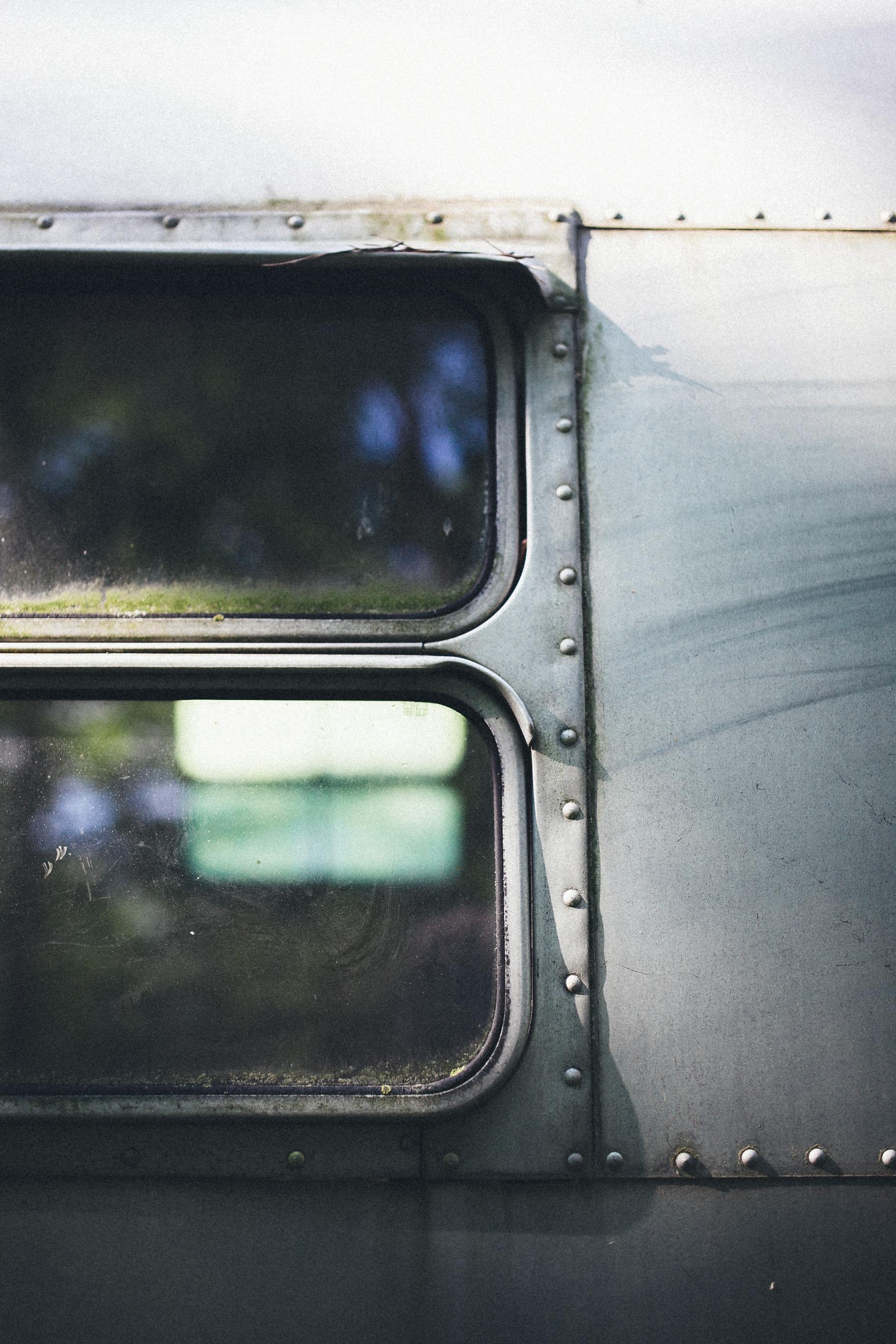 abandoned-airstream-3643.jpg