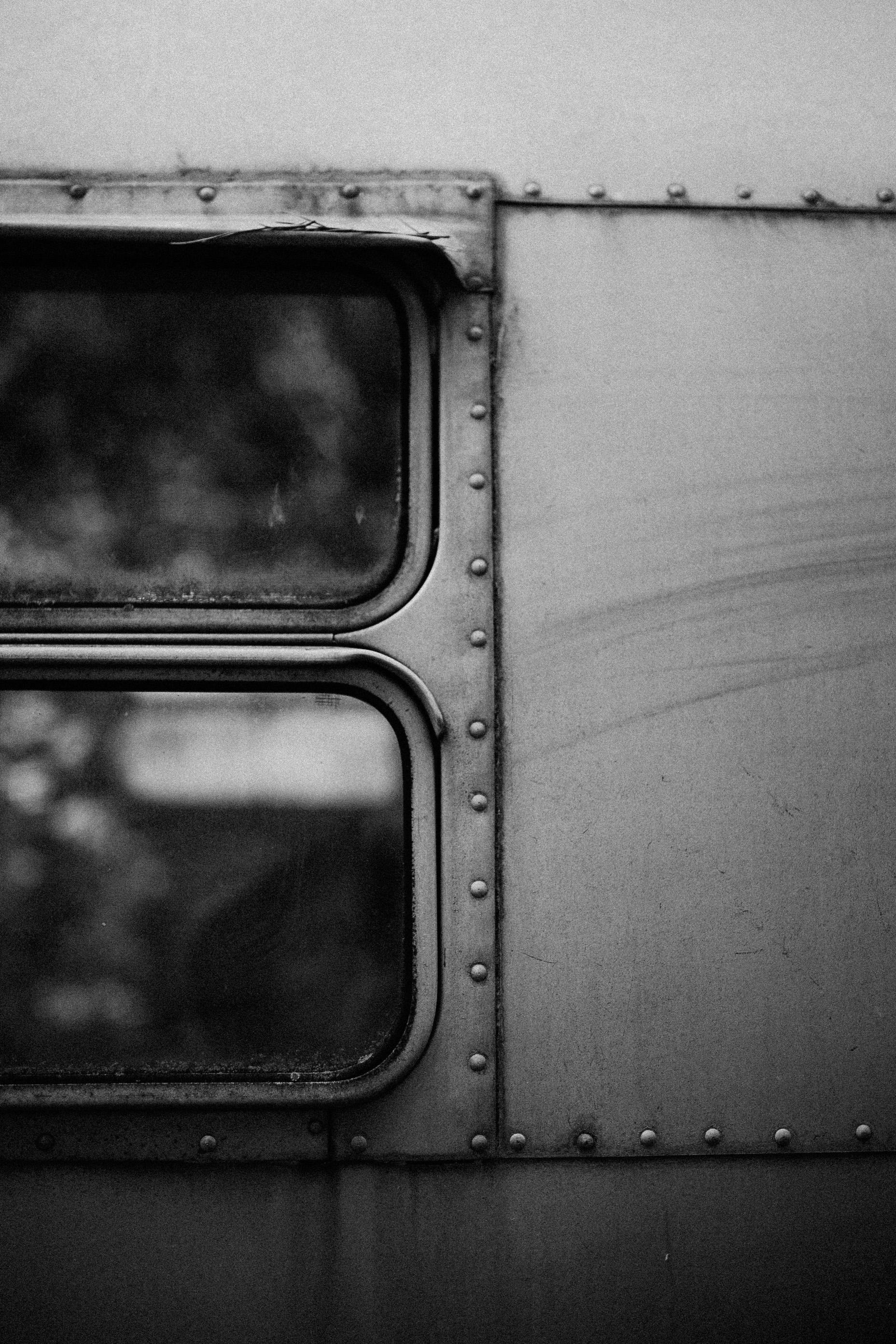 abandoned-airstream-3642.jpg