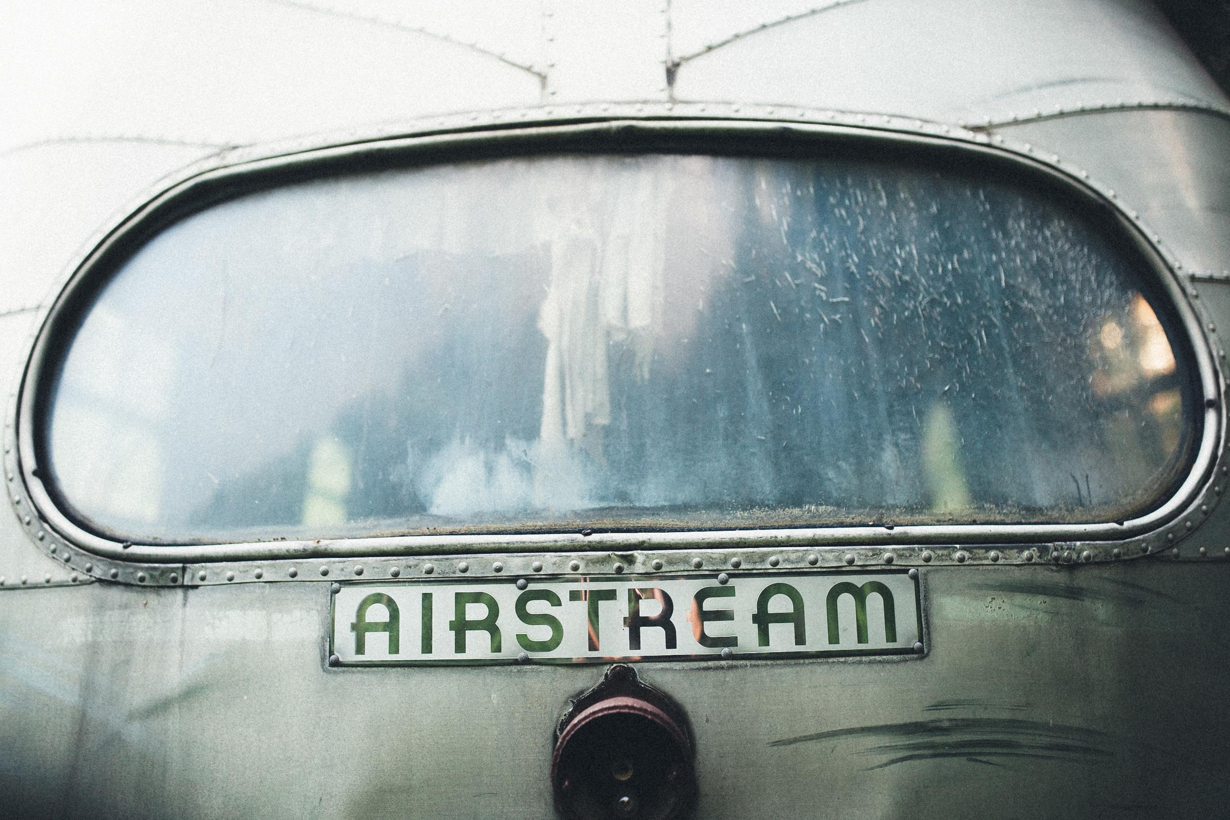 abandoned-airstream-3600.jpg