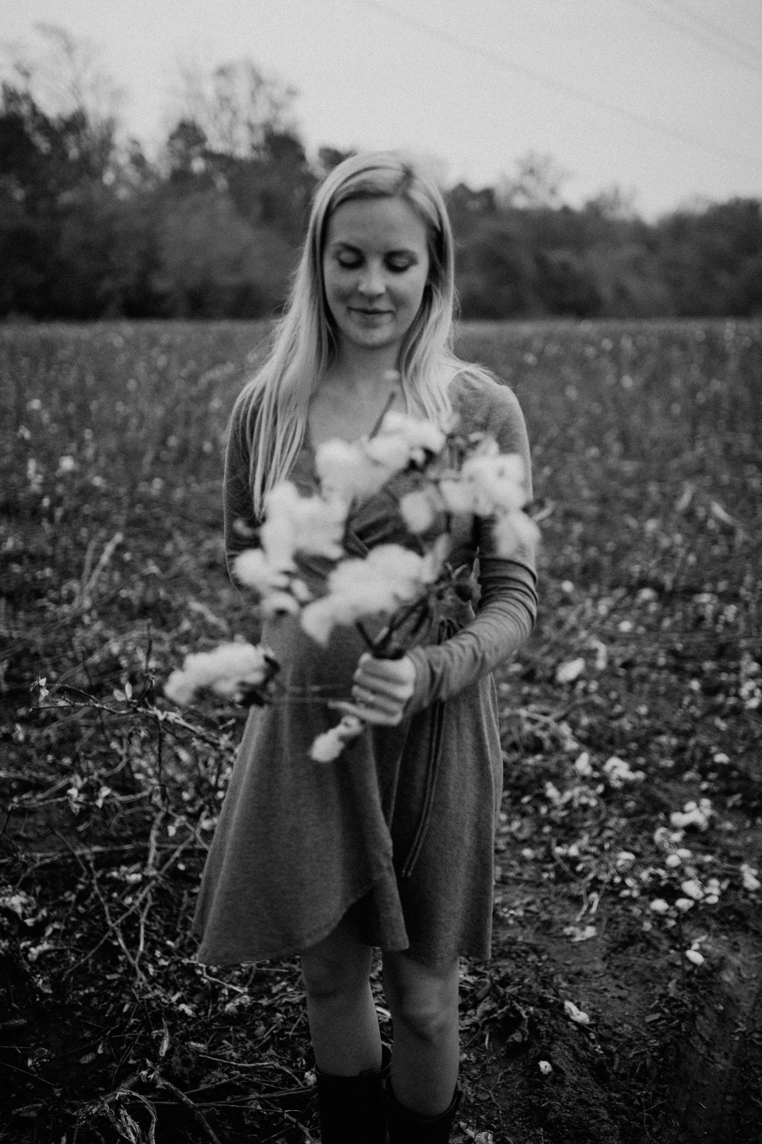 maddie-cotton-field-0766-2.jpg
