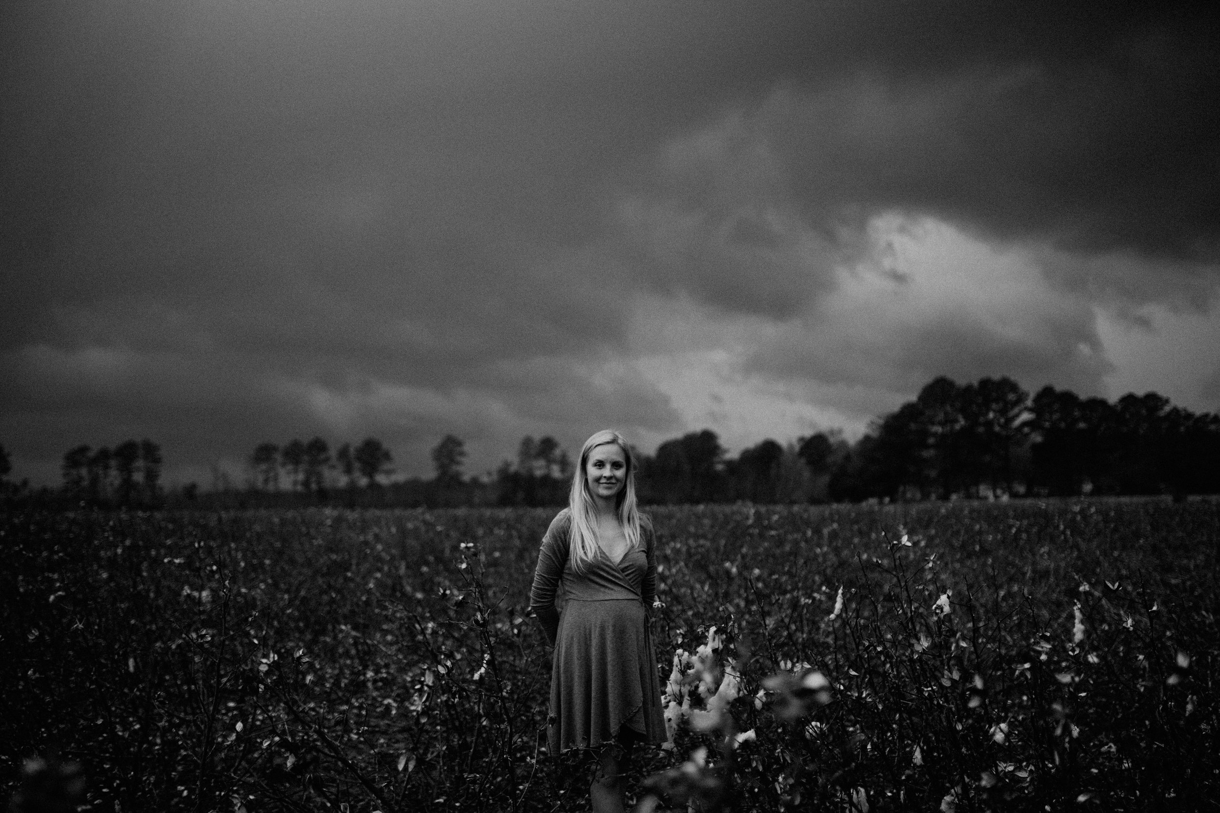 maddie-cotton-field-0785.jpg