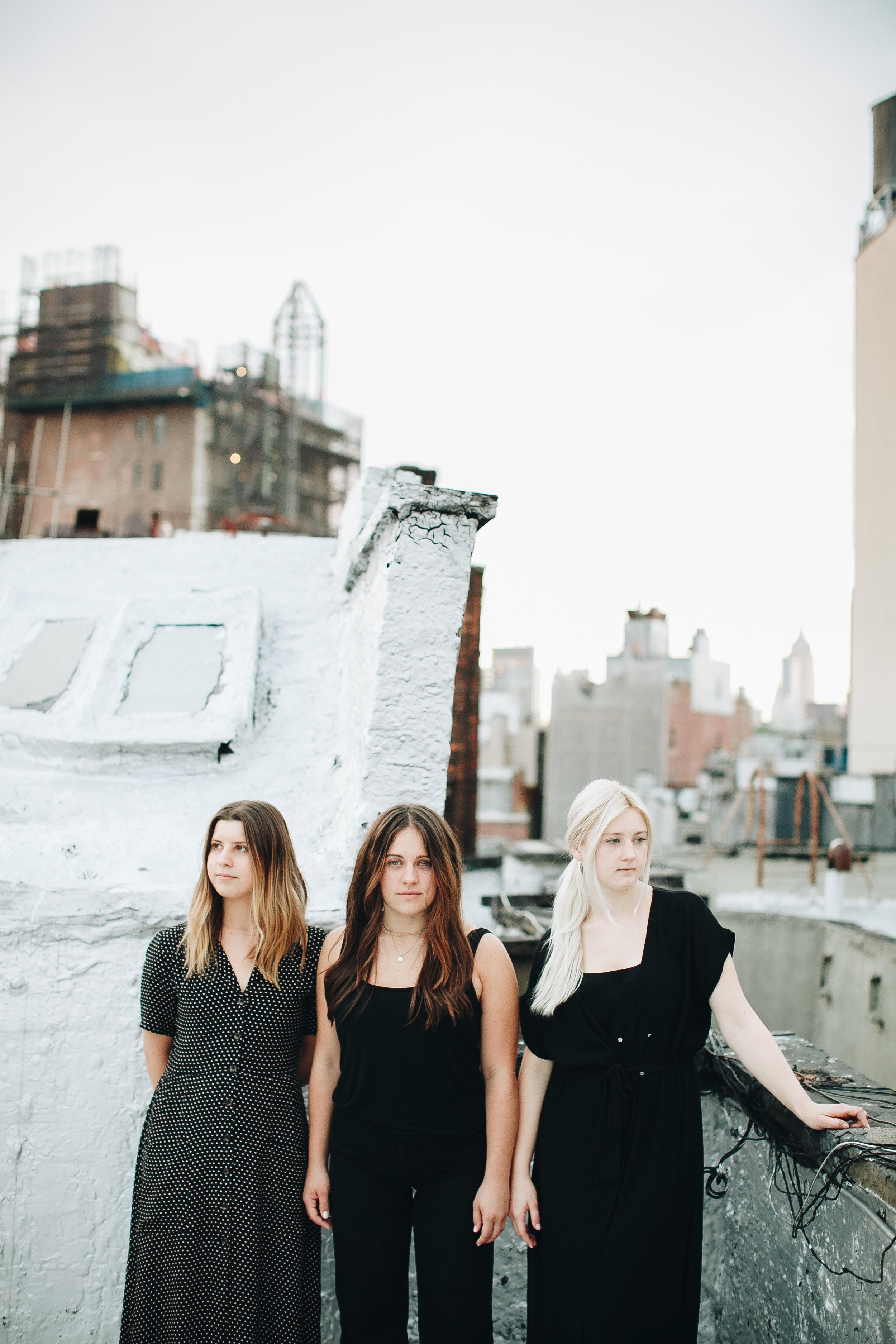 dowdy-girls-3946.jpg