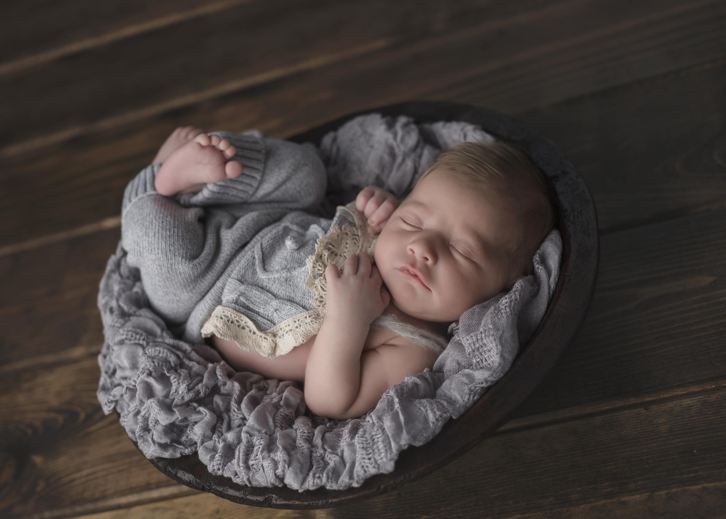 Cora_Newborn_025.jpg