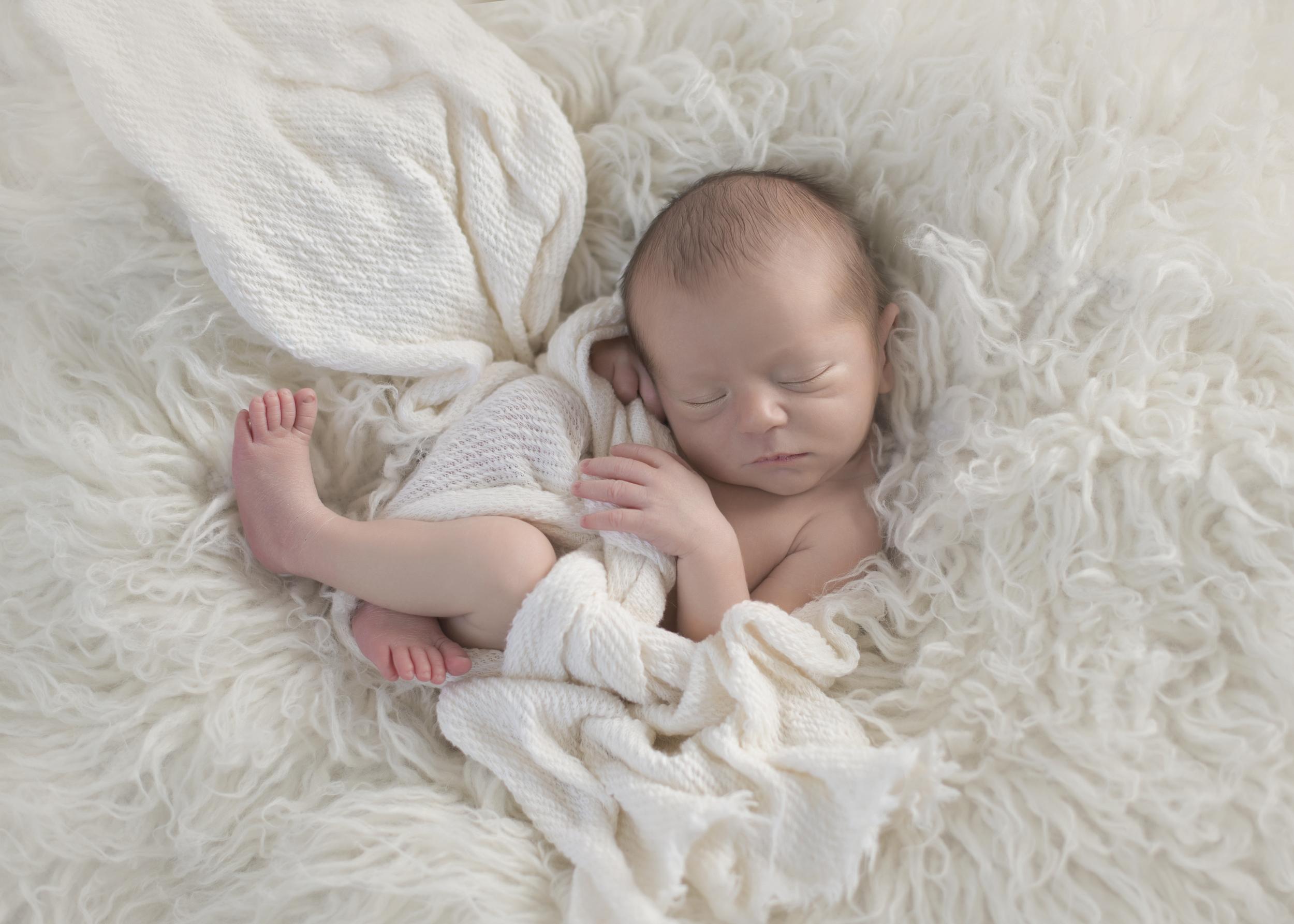 Aiden_Newborn_001.jpg
