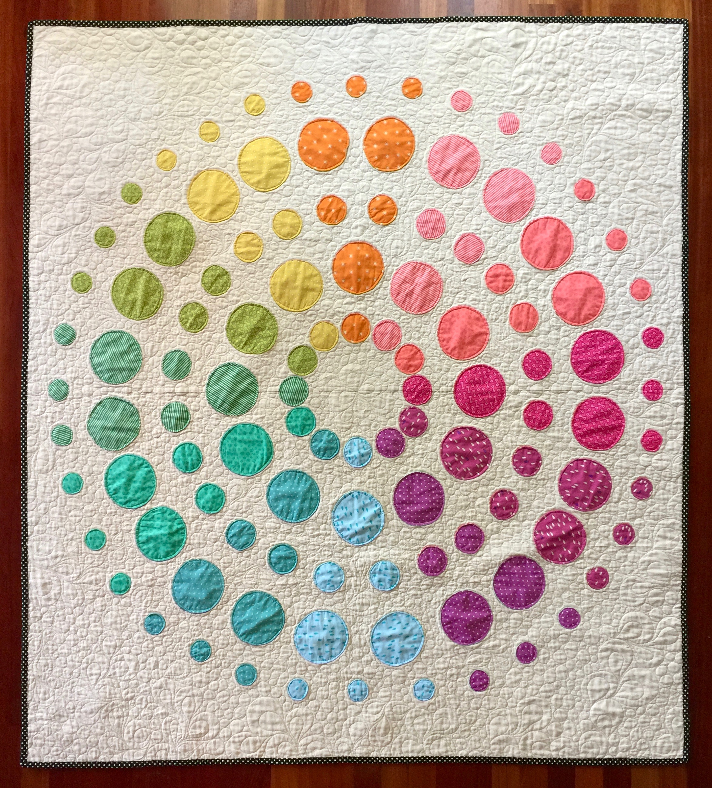 "Lecien Fabrics    ""Orb Medallion Quilt"" FREE Pattern designed by Rebecca Bryan"