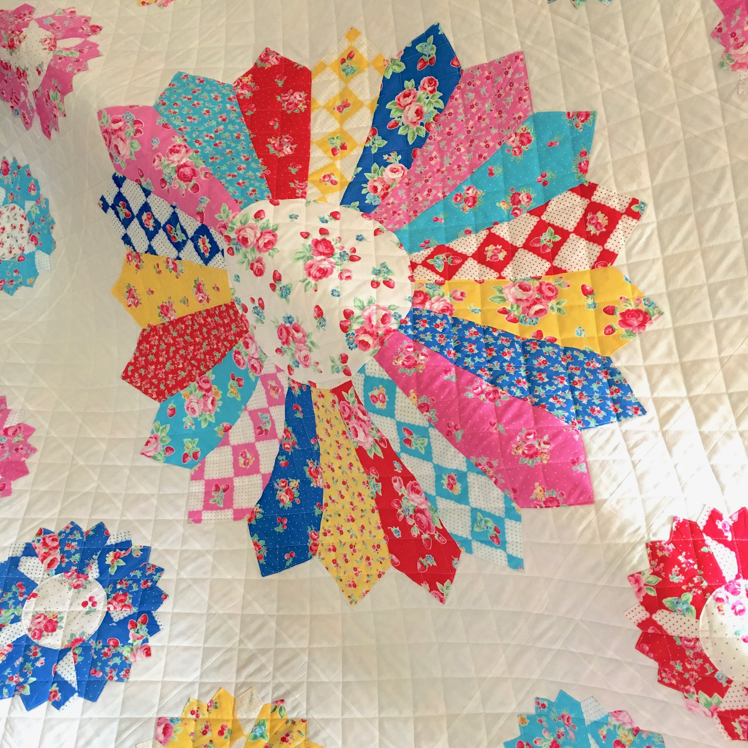 Lecien Free Pattern Spring 2017 - The Flower Sugar Very Berry Cherry Quilt by Lynne Goldsworthy of Lily's Quilts