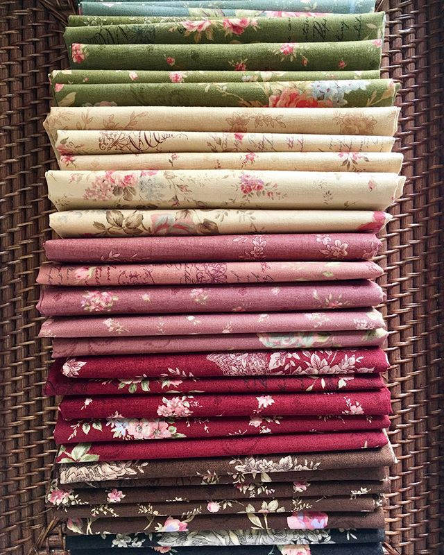 "🌹🌹 We LOVE roses!! 🌹🌹 Beautiful. Elegant. Timeless. ""Antique Rose Collection"" has been released last several years and are in stores already. Have you had a chance to create a special quilt with it? If so, please tag us and let us know! Elegant 5 different rose prints in rich and gorgeous colors of Vanilla, Dusty Rose, Burgundy, Sage, Slate, Chocolate, and Black! 🌹🌹🌹 #Lecien #lecienfabrics #lecien_fabrics #AntiqueRose #AntiqueRoseCollection #rose #lecienfloralcollection #rosefabric #antiquerosequilt #quilt #fabrics"