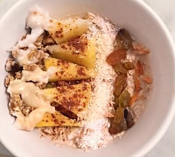 carrot cake oats.jpg