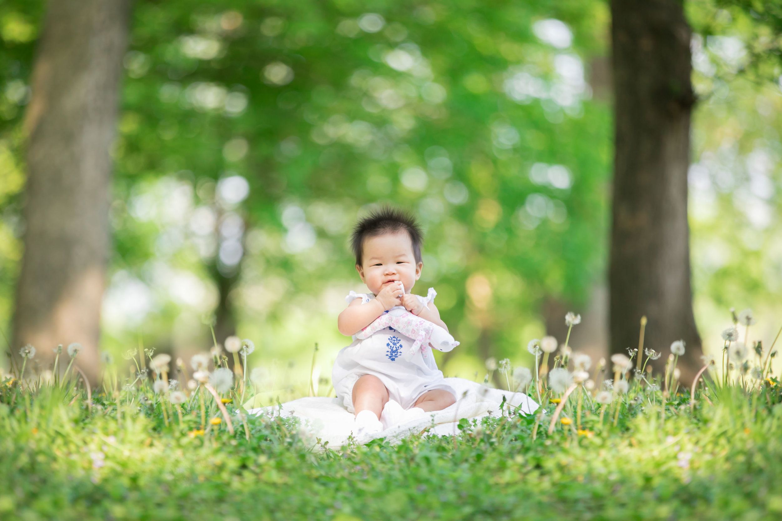 Ashburn VA baby photographer - 9 month old - Natural park - Loudoun County - Yon Chung Photography