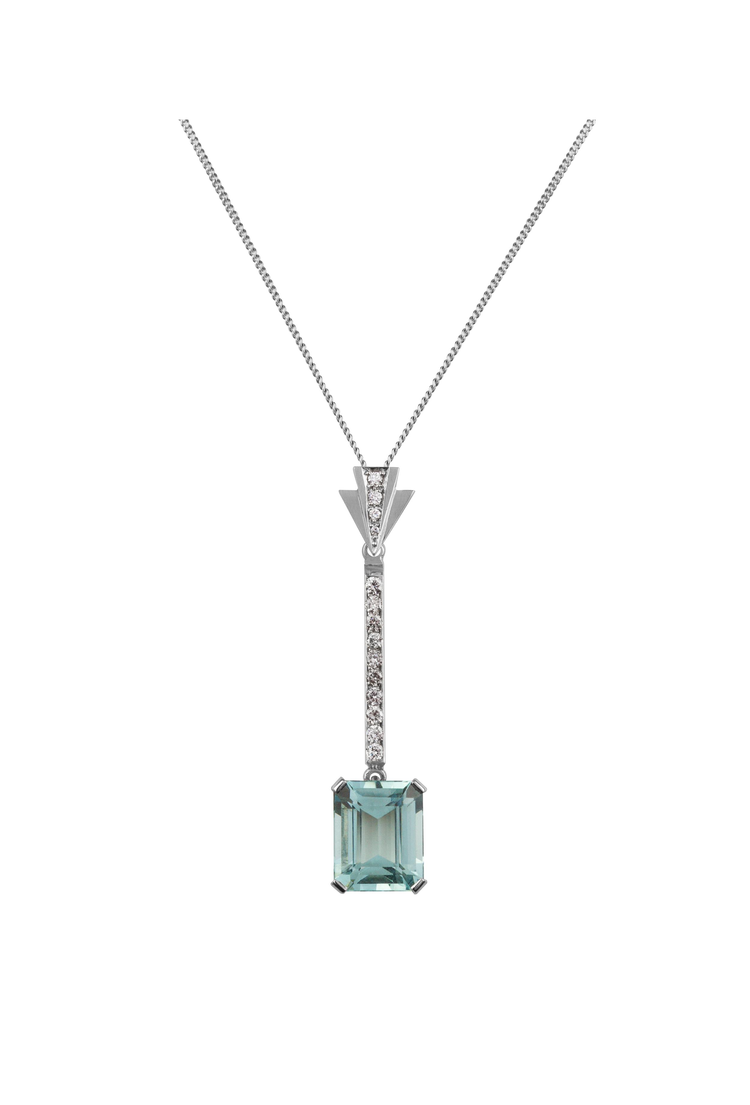 White Gold, Aquamarine & Diamond  £2995