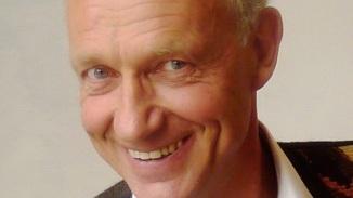 Dr Frank Willersinn - Penningmeester. Frank is oprichter van de Belgische vereniging voor Alpha-1 Plus; hij kreeg zelf in 1999 de diagnose Alpha. Hij is actief bij European Patient Advocacy Group van de ERN LUNG.