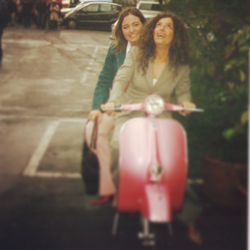 Io e Maura alla mia laurea nel 2003.