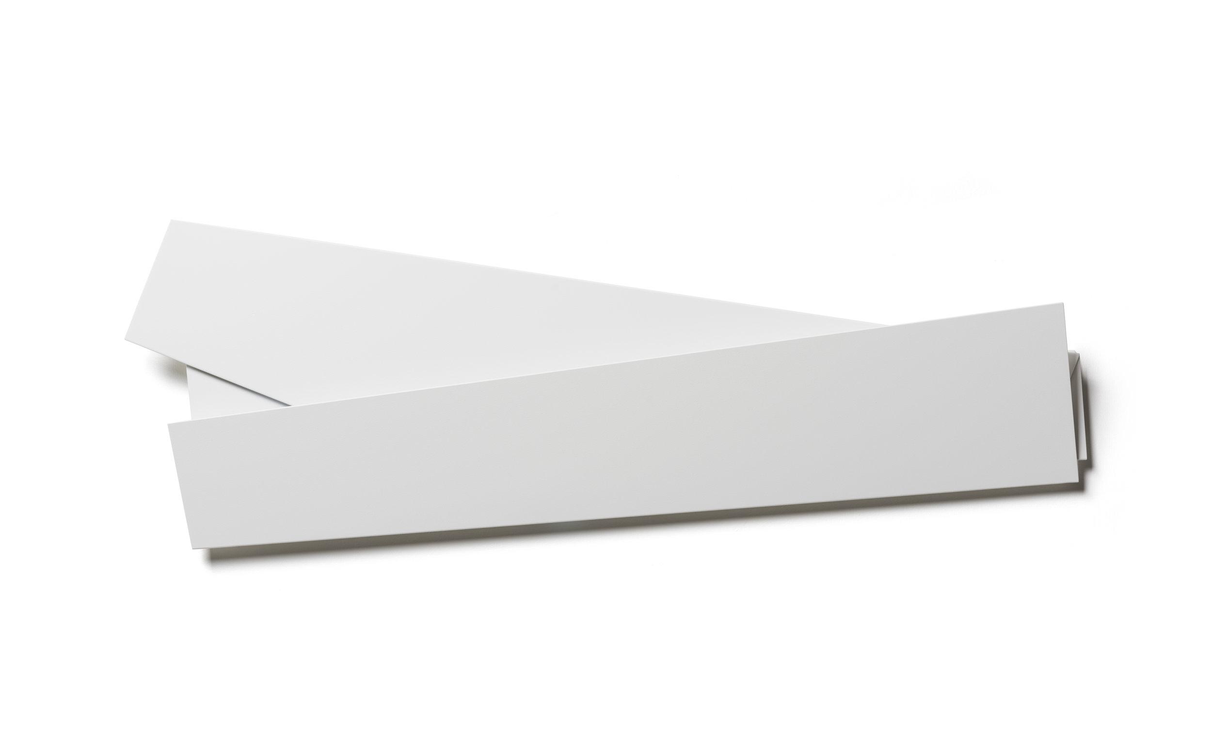 White Folded Flat 04 S-1150 a.jpg