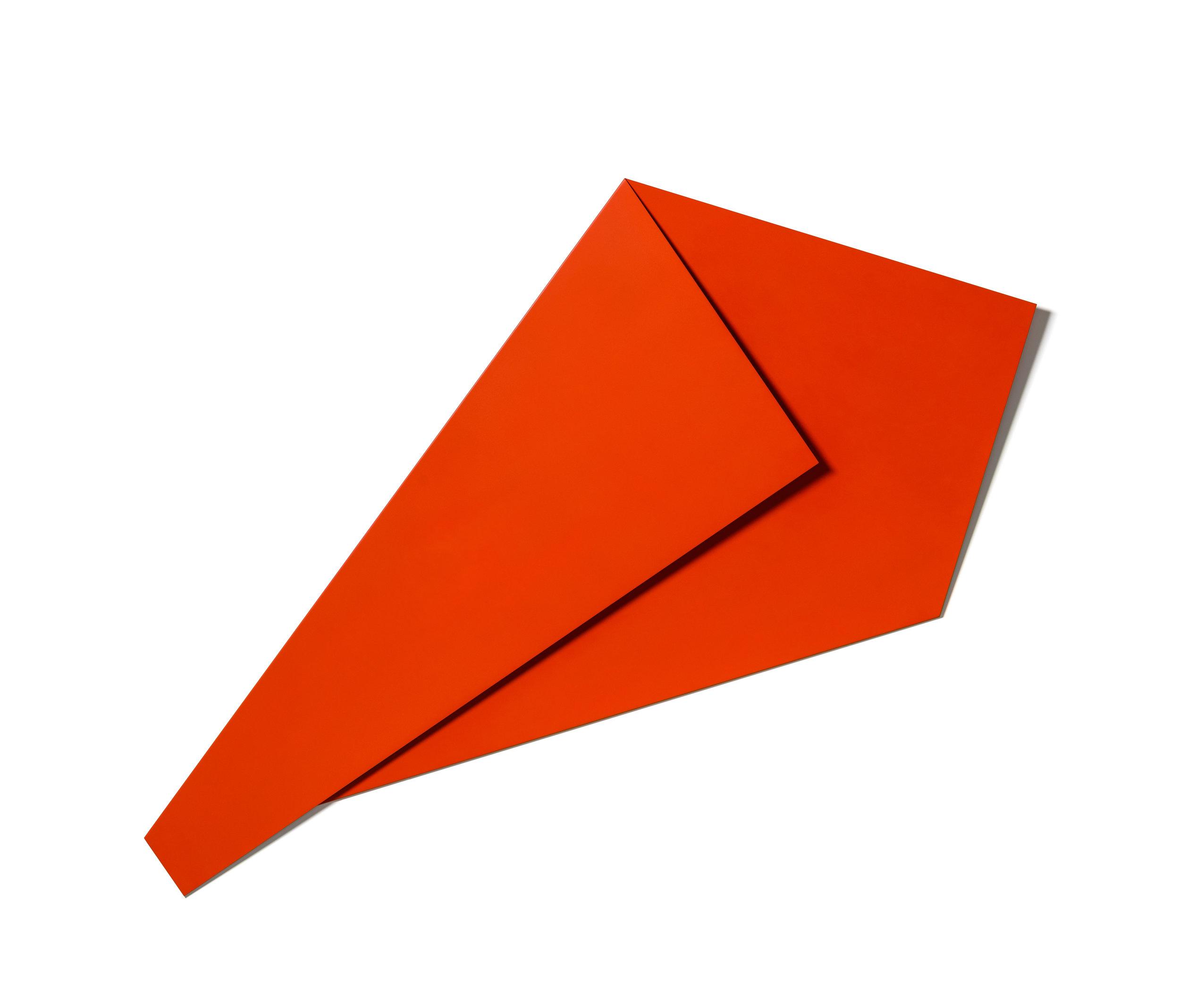 XL Folded Flat Red 02 S-1143 bearbeitet.jpg