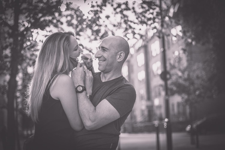 caroline-notting-hill-london-engagement-session-hampshire-wedding-photographer-14.jpg