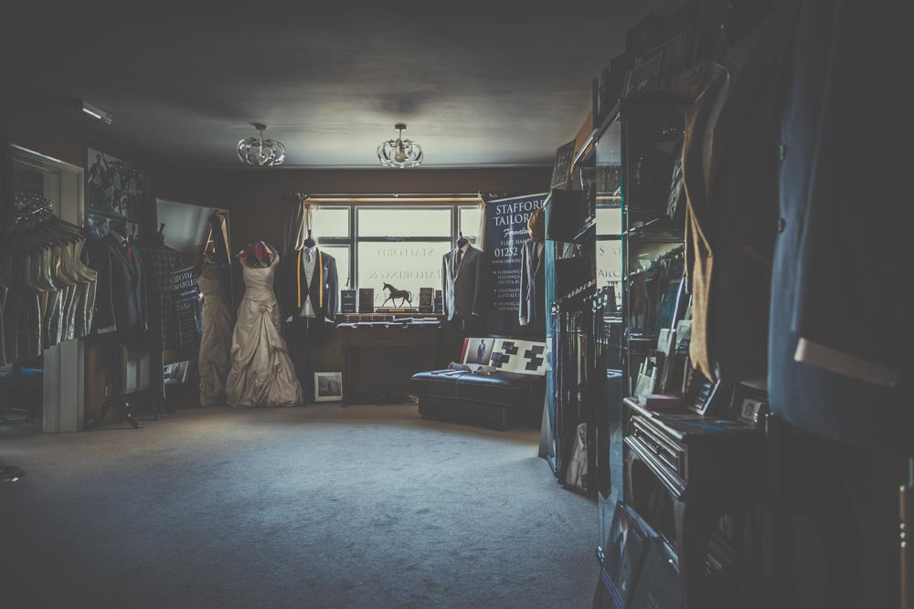 stafford-tailoring-fleet-manu-mendoza-hampshire-wedding-photographer-20.jpg