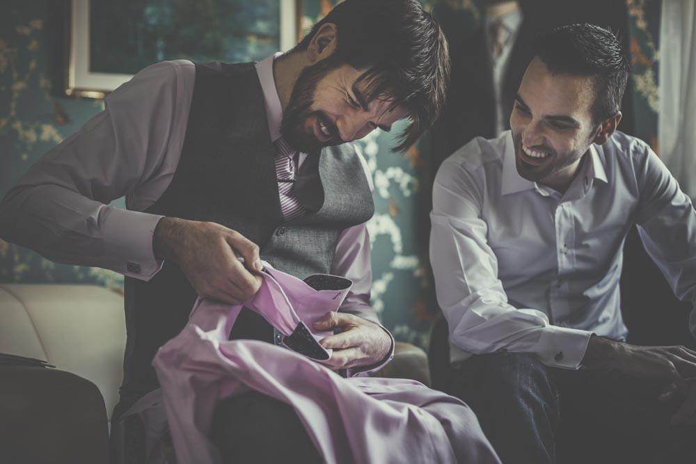 stafford-tailoring-fleet-manu-mendoza-hampshire-wedding-photographer-46.jpg