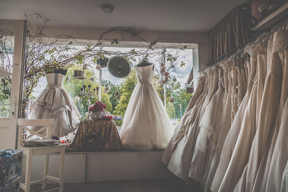 boo-bridal-boutique-hartley-wintney-hampshire-wedding-photographer-5.jpg