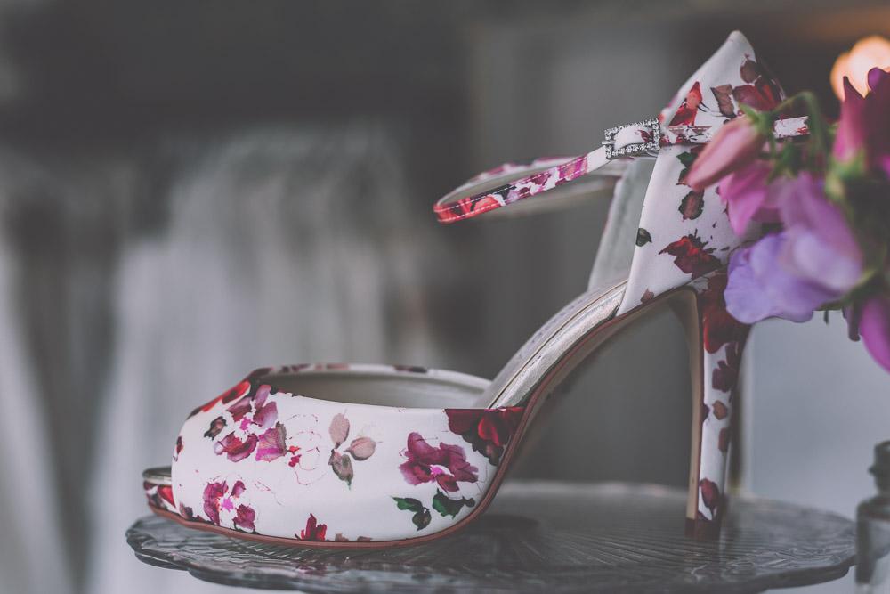 boo-bridal-boutique-hartley-wintney-hampshire-wedding-photographer-11.jpg
