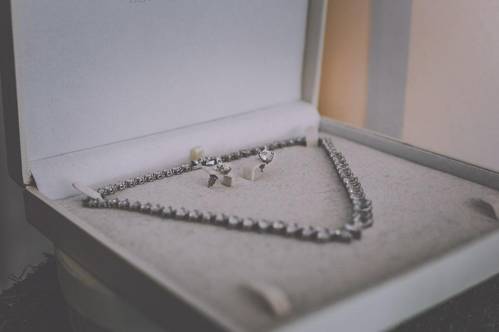 boo-bridal-boutique-hartley-wintney-hampshire-wedding-photographer-12.jpg