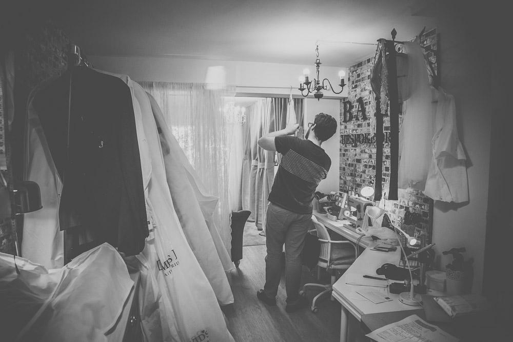 boo-bridal-boutique-hartley-wintney-hampshire-wedding-photographer-31.jpg