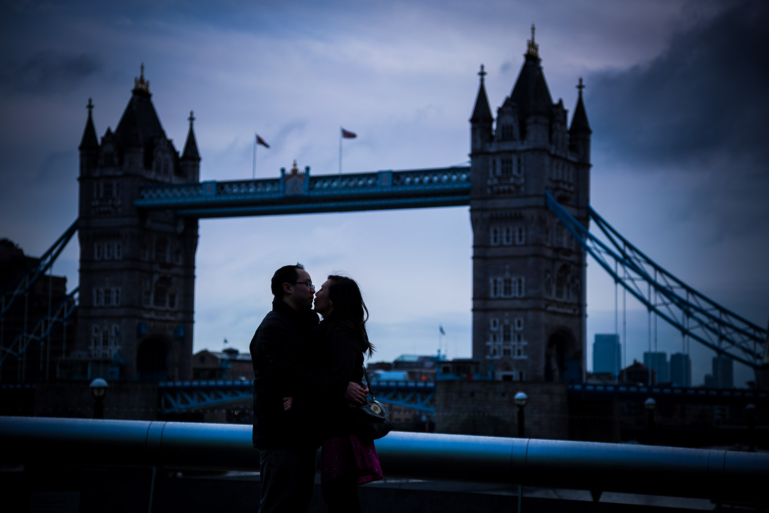 pre-wedding-engagement-session-in-london-portchester-and-notting-hill-hampshire-wedding-photographer-20.jpg
