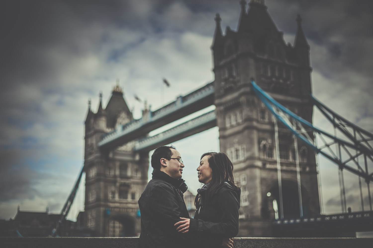 pre-wedding-engagement-session-in-london-portchester-and-notting-hill-hampshire-wedding-photographer-35.jpg