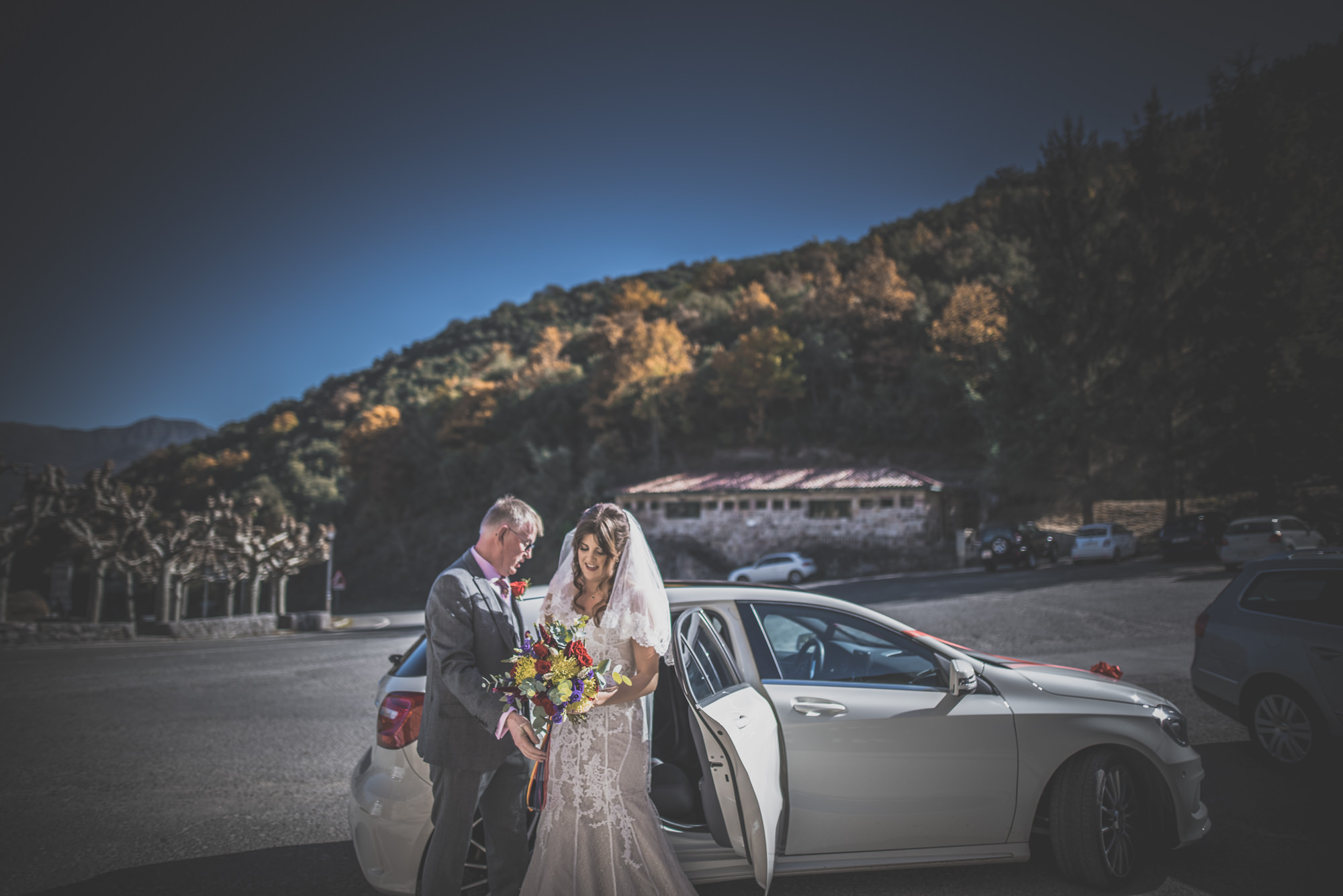Amy-and-Andres-destination-wedding-in-Potes-Spain-Manu-Mendoza-Wedding-Photography-248.jpg