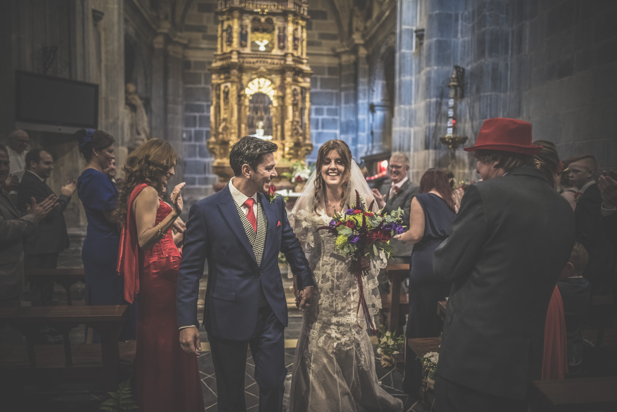 Amy-and-Andres-destination-wedding-in-Potes-Spain-Manu-Mendoza-Wedding-Photography-327.jpg