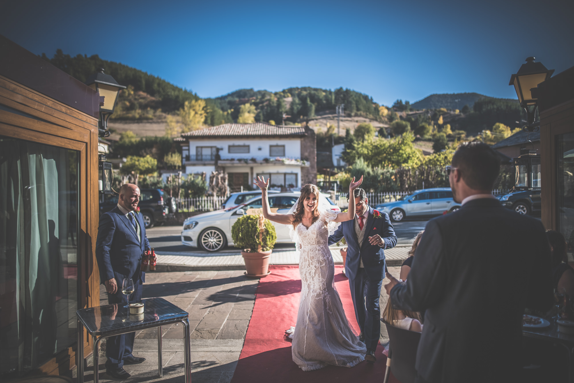 Amy-and-Andres-destination-wedding-in-Potes-Spain-Manu-Mendoza-Wedding-Photography-448.jpg