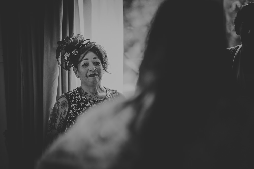 Hayley-and-Les-Wedding-Photography-The-Montagu-Arms-Hotel-Beaulieu-Hampshire-199.jpg