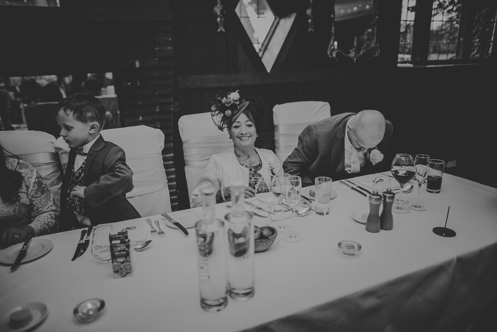 Hayley-and-Les-Wedding-Photography-The-Montagu-Arms-Hotel-Beaulieu-Hampshire-625.jpg