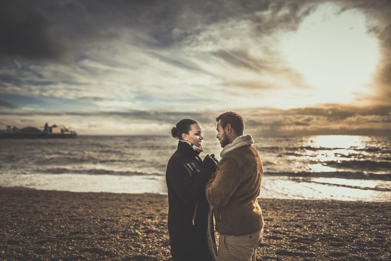 Jacqueline-and-Gareth-Engagement-Session-in-Brighton-Manu-Mendoza-Wedding-Photography-Hampshire-5.jpg