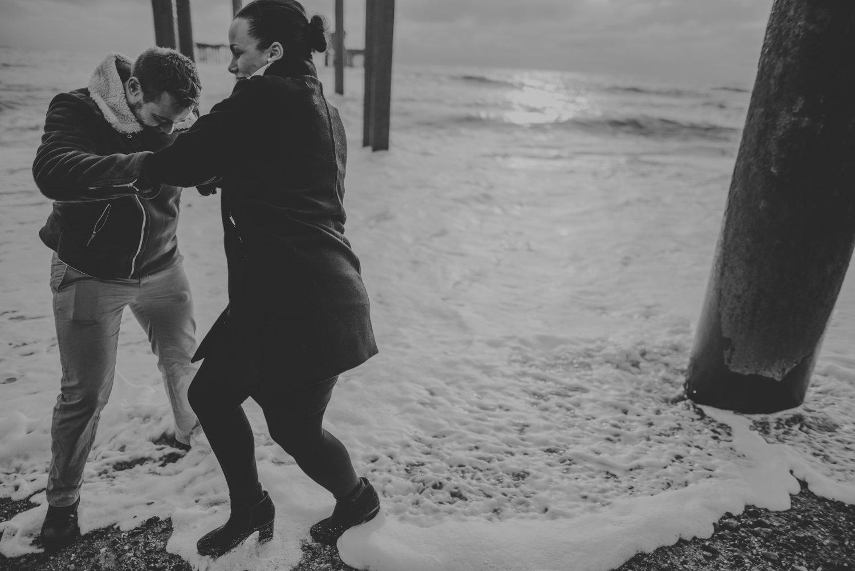 Jacqueline-and-Gareth-Engagement-Session-in-Brighton-Manu-Mendoza-Wedding-Photography-Hampshire-40.jpg
