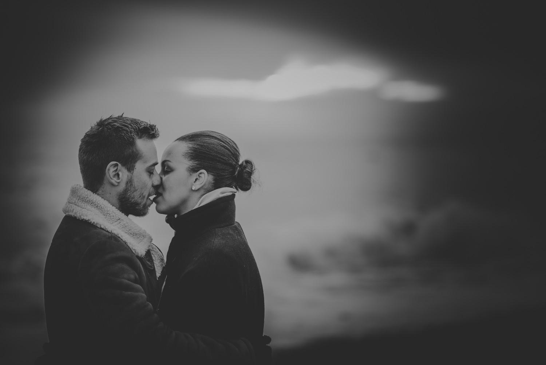Jacqueline-and-Gareth-Engagement-Session-in-Brighton-Manu-Mendoza-Wedding-Photography-Hampshire-77.jpg
