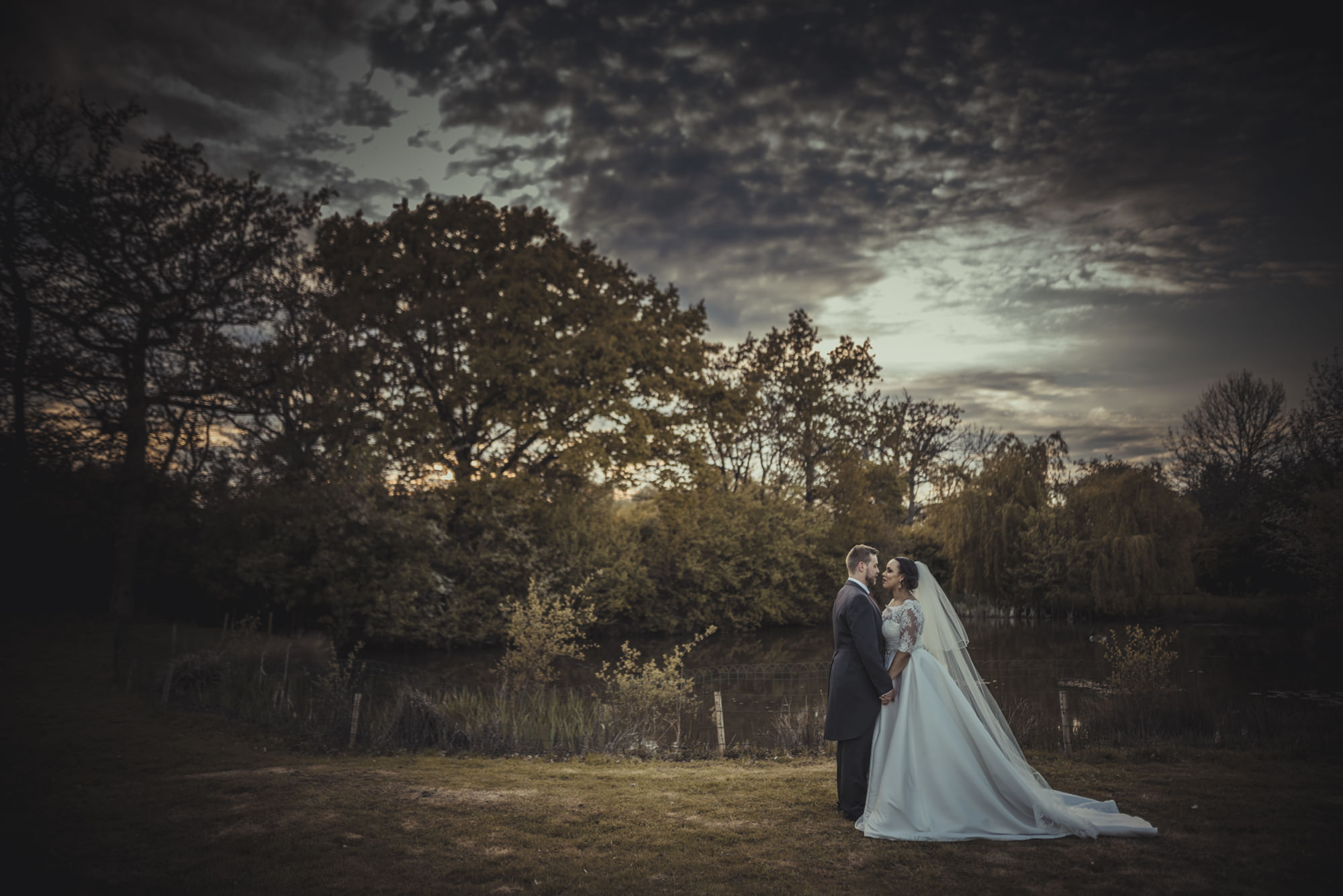 Jacqueline-Gareth-Wedding-Westmead-Events-Surrey-Manu-Mendoza-Wedding-Photography-490.jpg