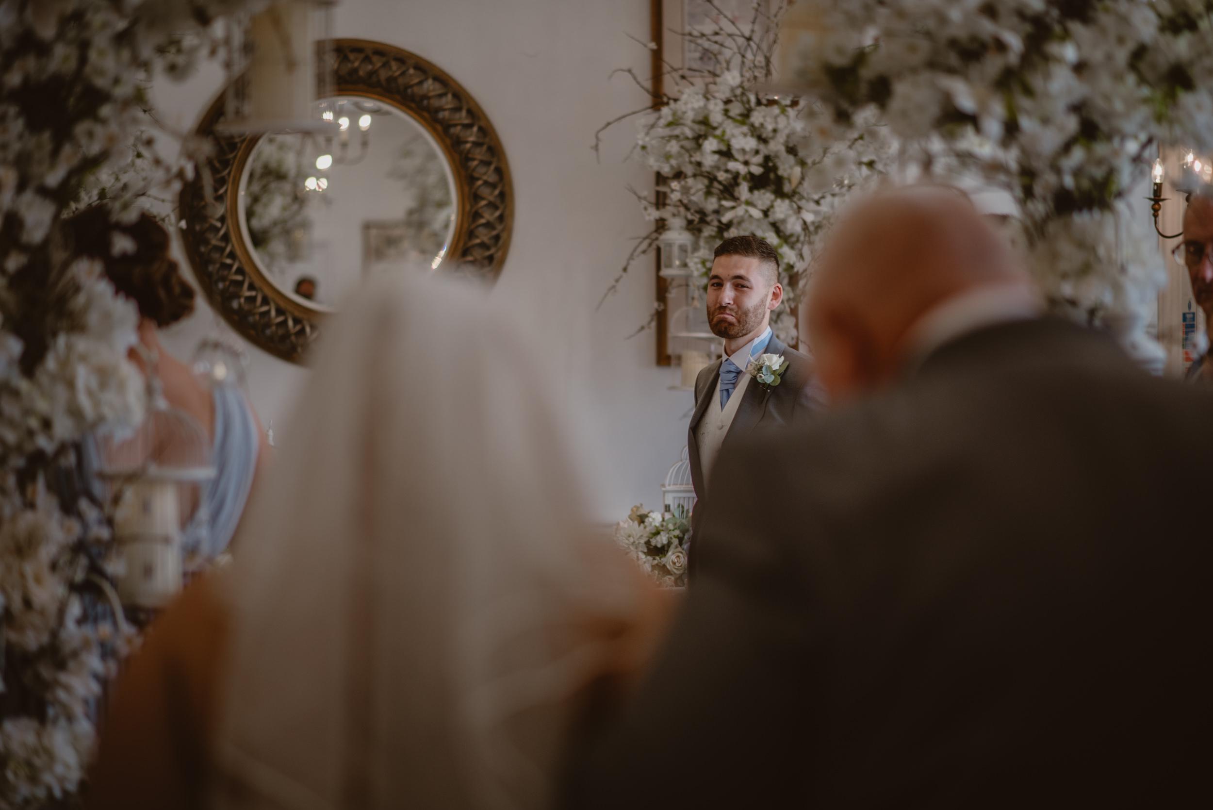 Rachel-and-James-Wedding-Horsley-Towers-State-Manu-Mendoza-Wedding-Photography-218.jpg