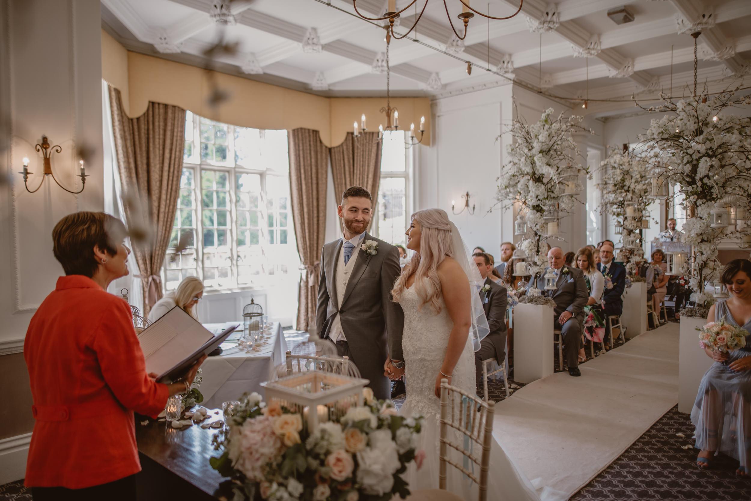 Rachel-and-James-Wedding-Horsley-Towers-State-Manu-Mendoza-Wedding-Photography-227.jpg