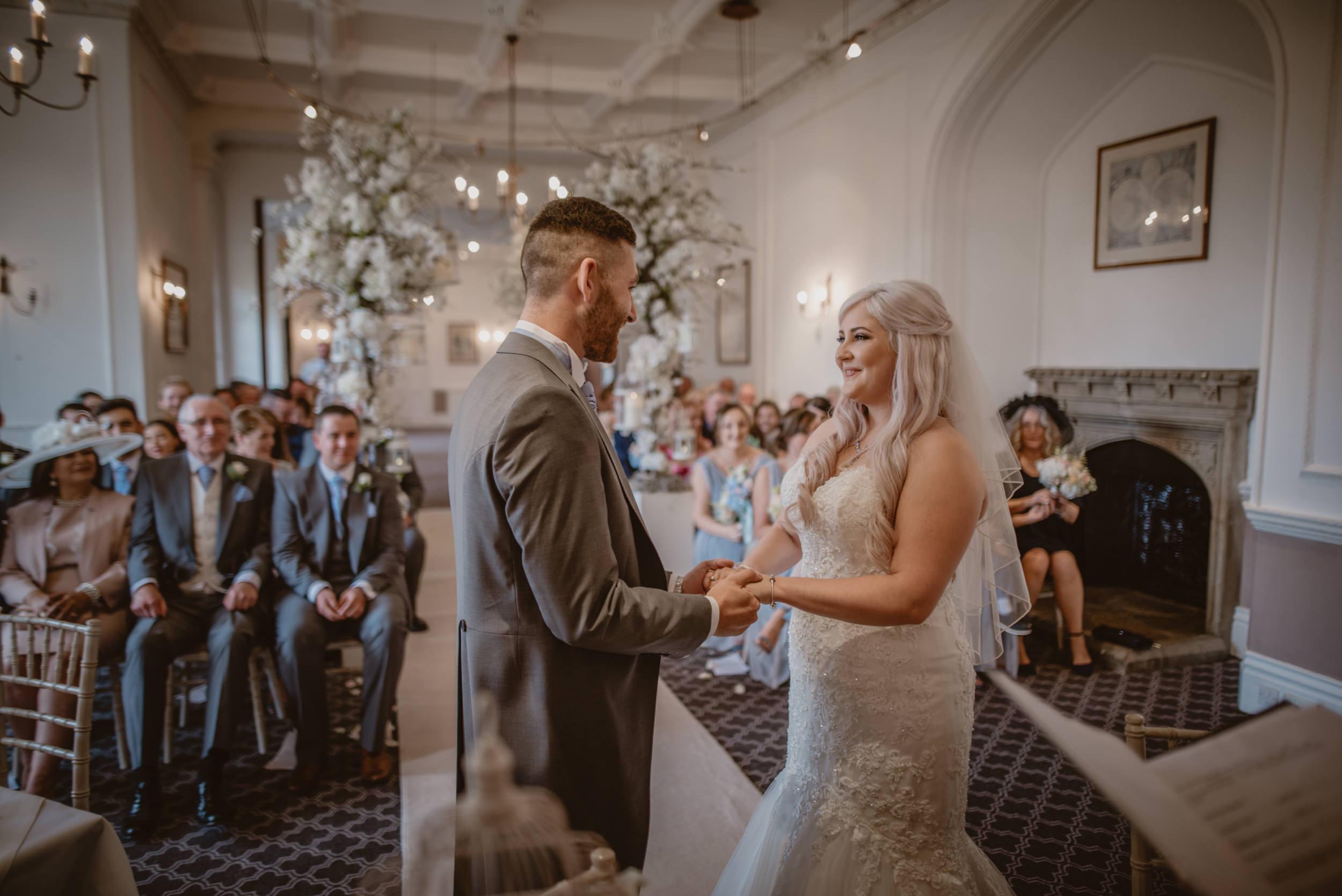 Rachel-and-James-Wedding-Horsley-Towers-State-Manu-Mendoza-Wedding-Photography-252.jpg