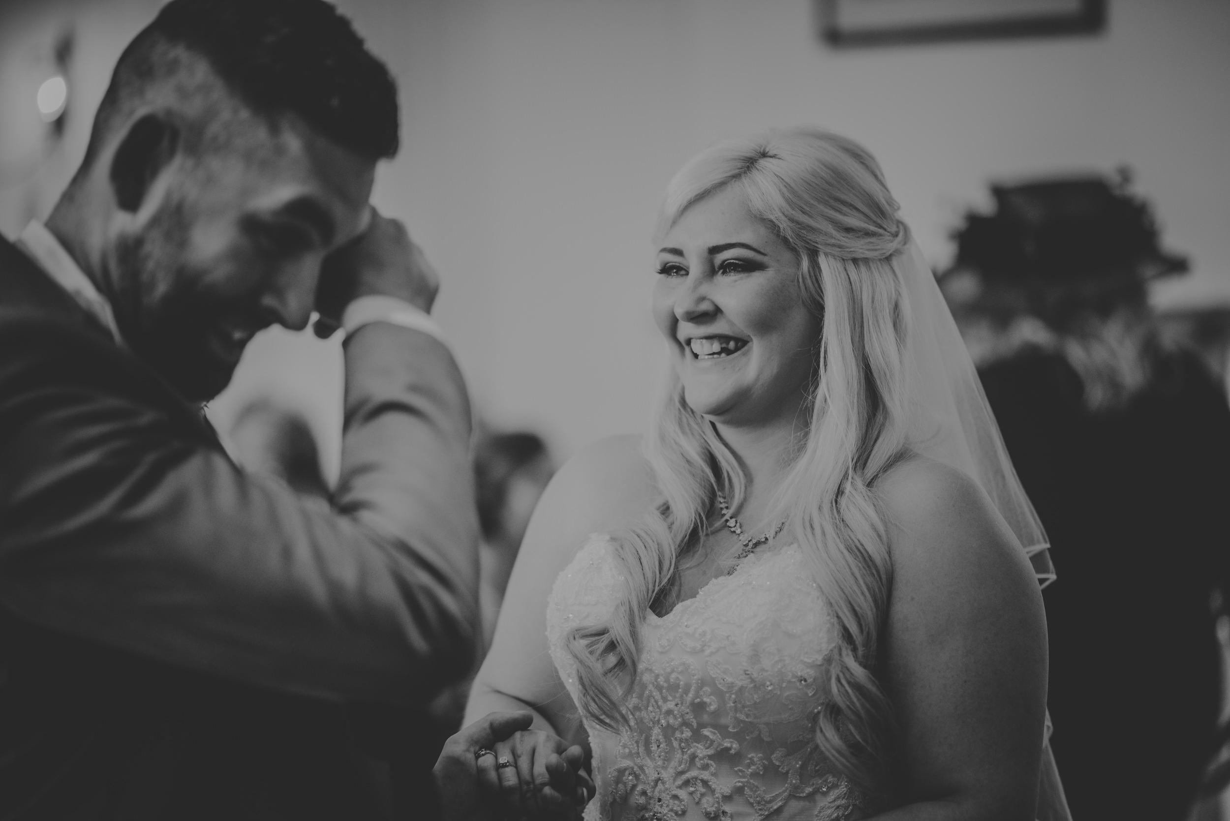Rachel-and-James-Wedding-Horsley-Towers-State-Manu-Mendoza-Wedding-Photography-255.jpg