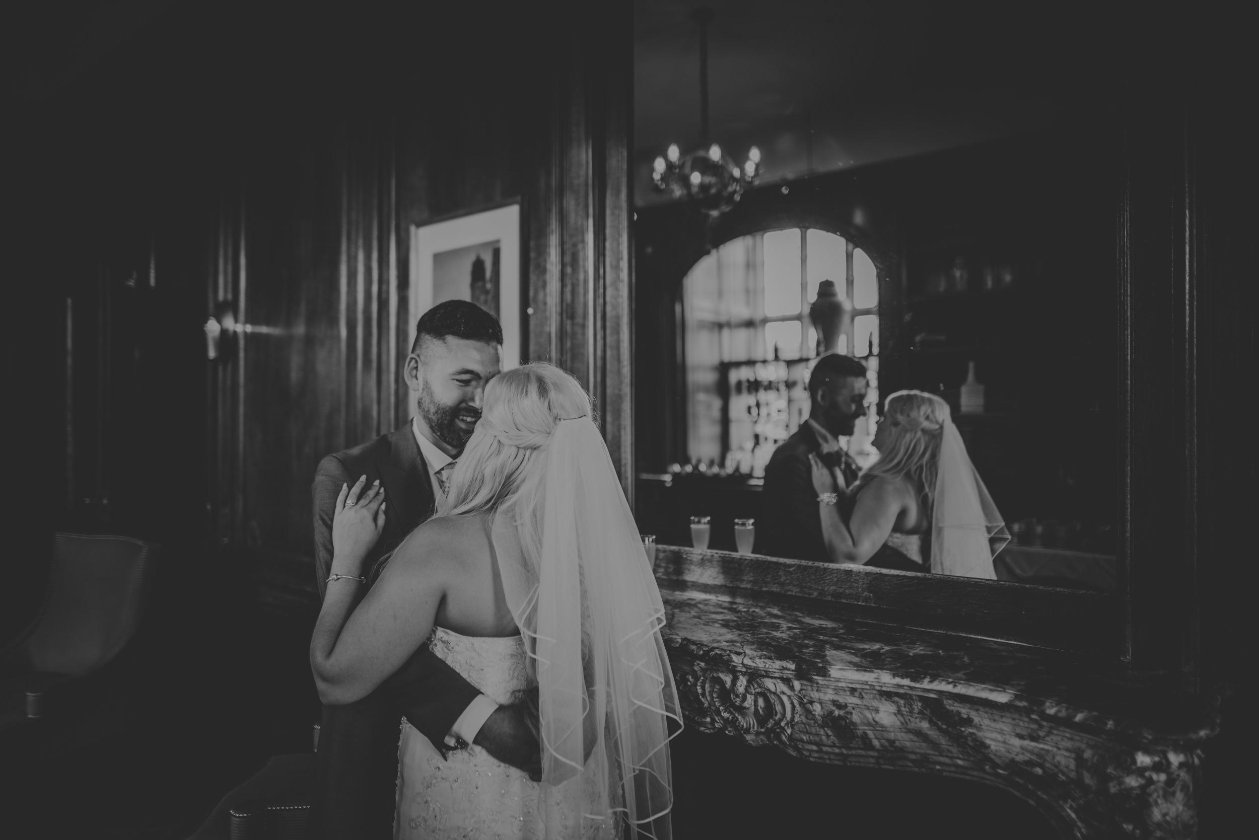 Rachel-and-James-Wedding-Horsley-Towers-State-Manu-Mendoza-Wedding-Photography-299.jpg