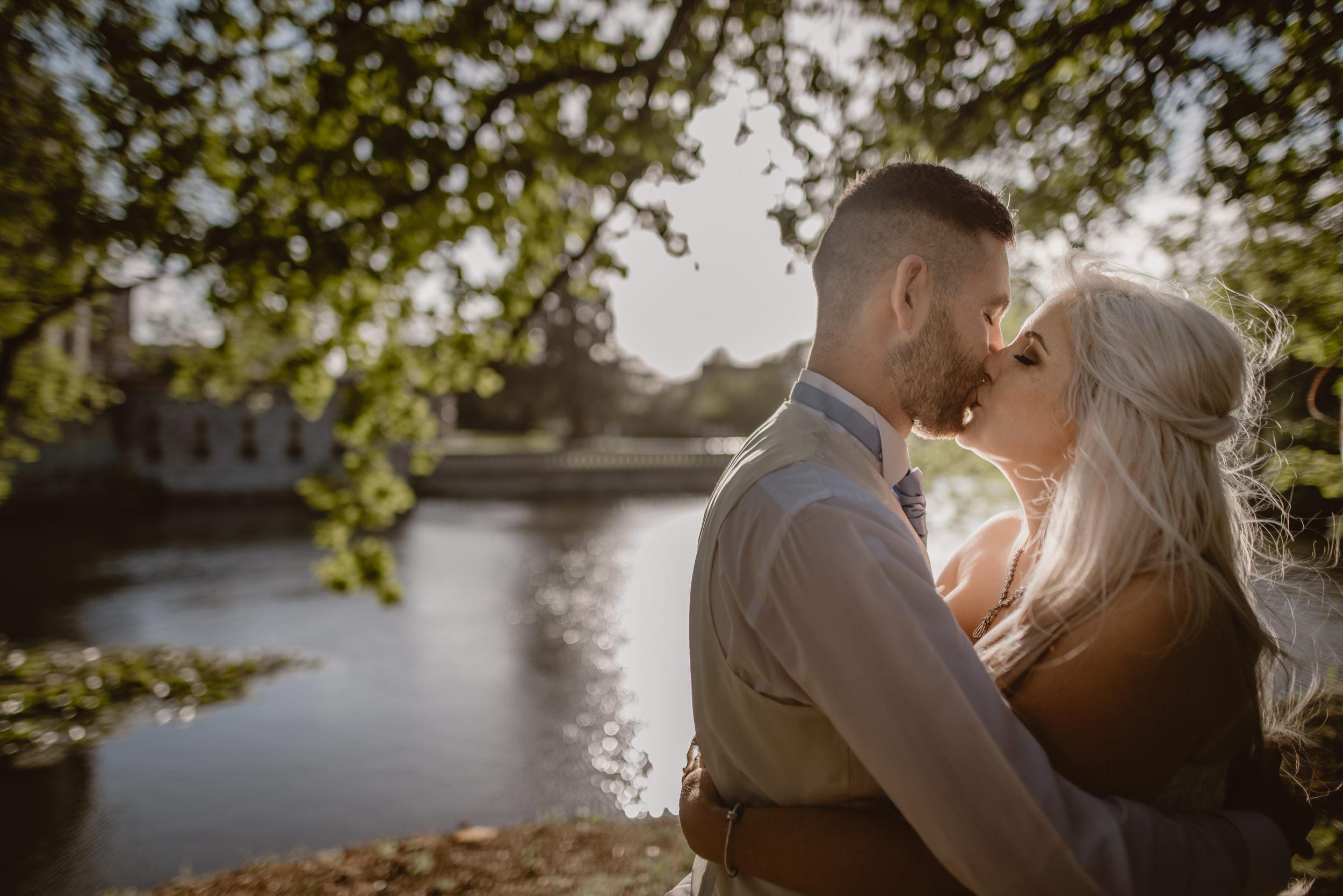 Rachel-and-James-Wedding-Horsley-Towers-State-Manu-Mendoza-Wedding-Photography-488.jpg