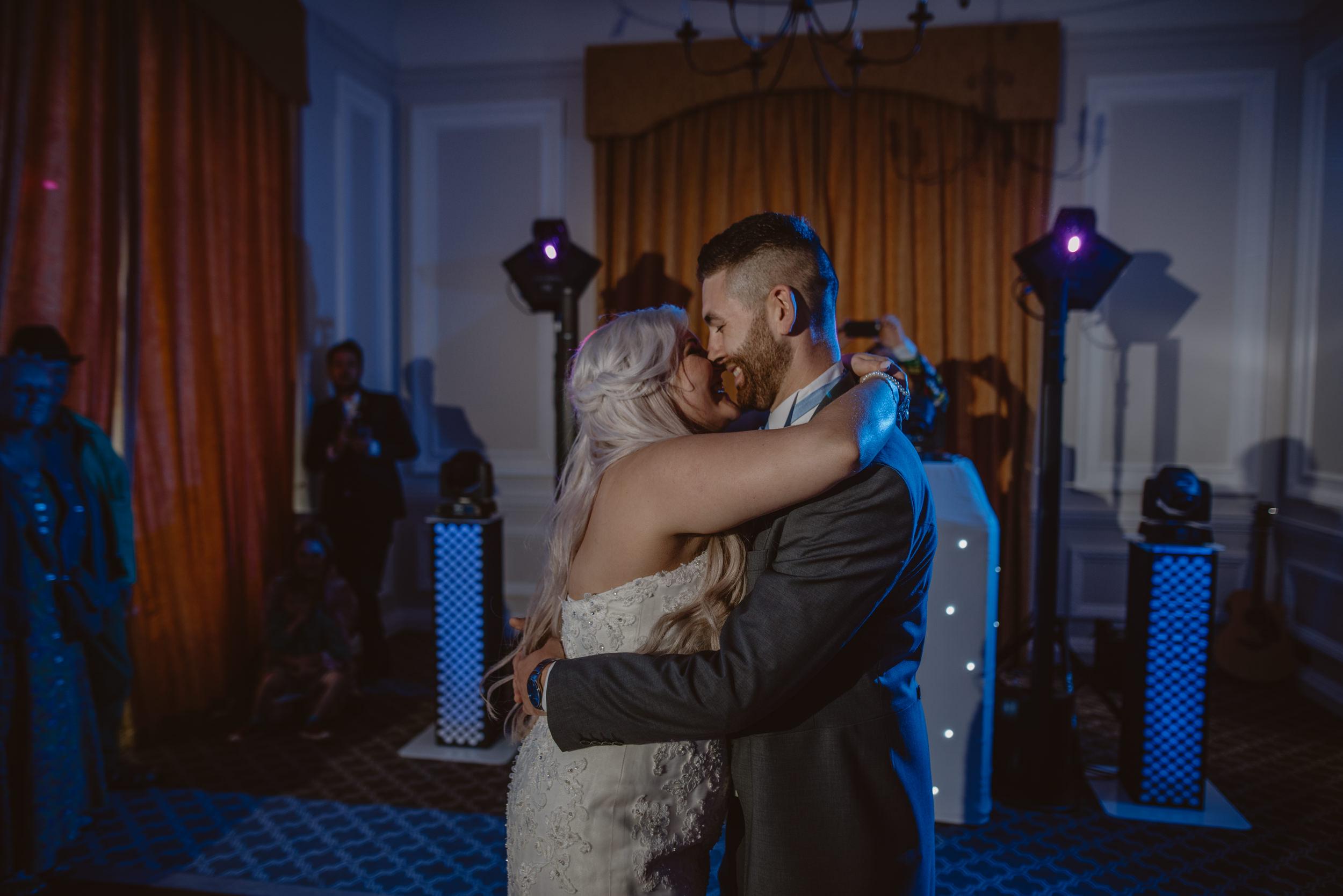 Rachel-and-James-Wedding-Horsley-Towers-State-Manu-Mendoza-Wedding-Photography-518.jpg