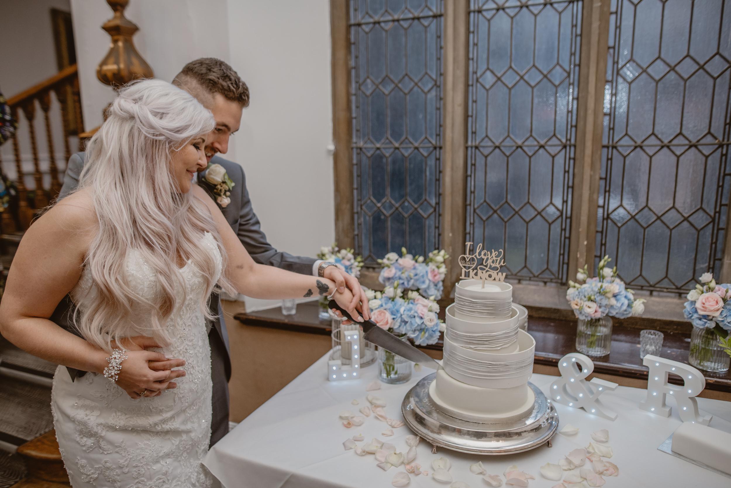 Rachel-and-James-Wedding-Horsley-Towers-State-Manu-Mendoza-Wedding-Photography-512.jpg