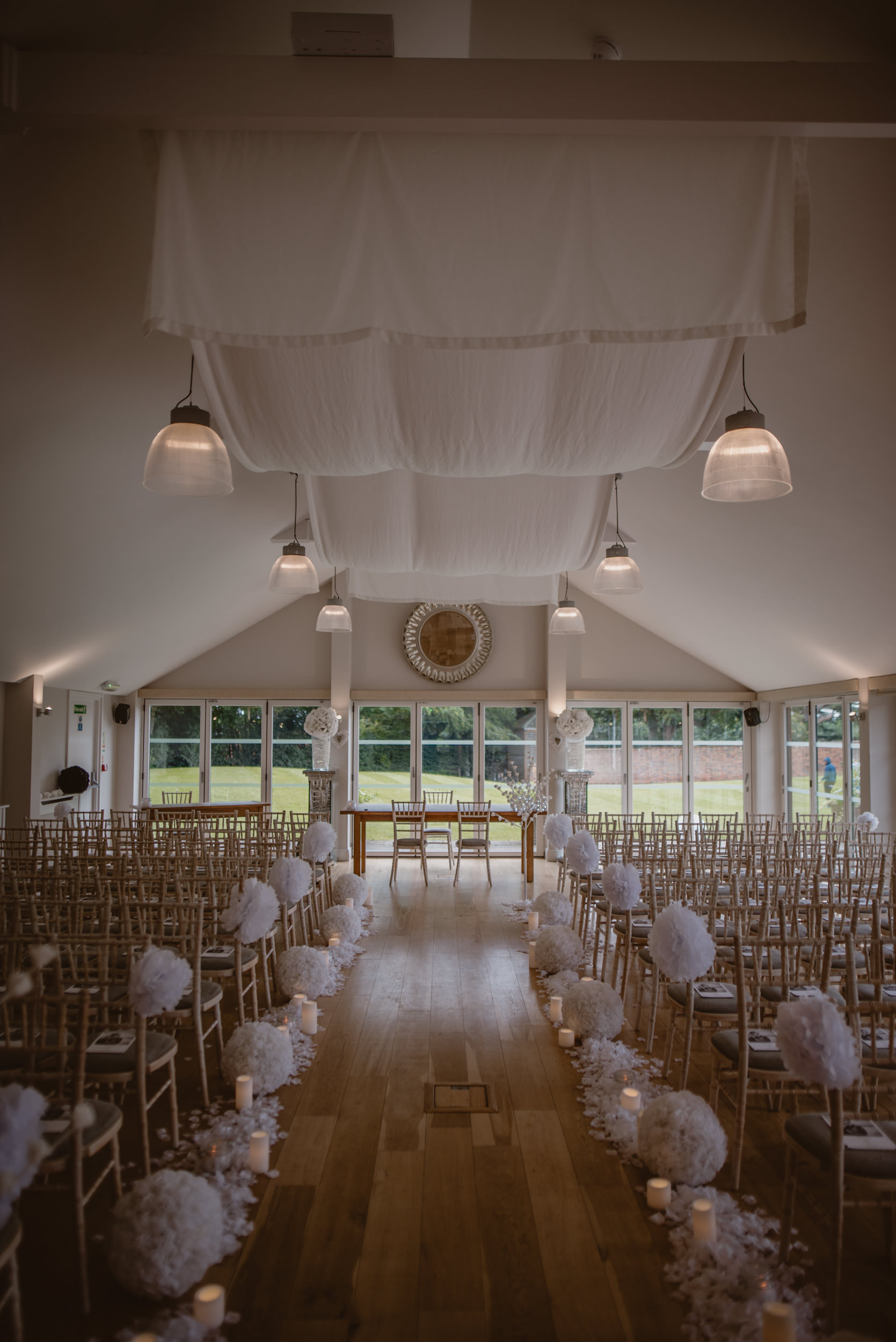 Barry-and-Chaz-wedding-Wasing-Park-Berkshire-Manu-Mendoza-Wedding-Photography-013.jpg