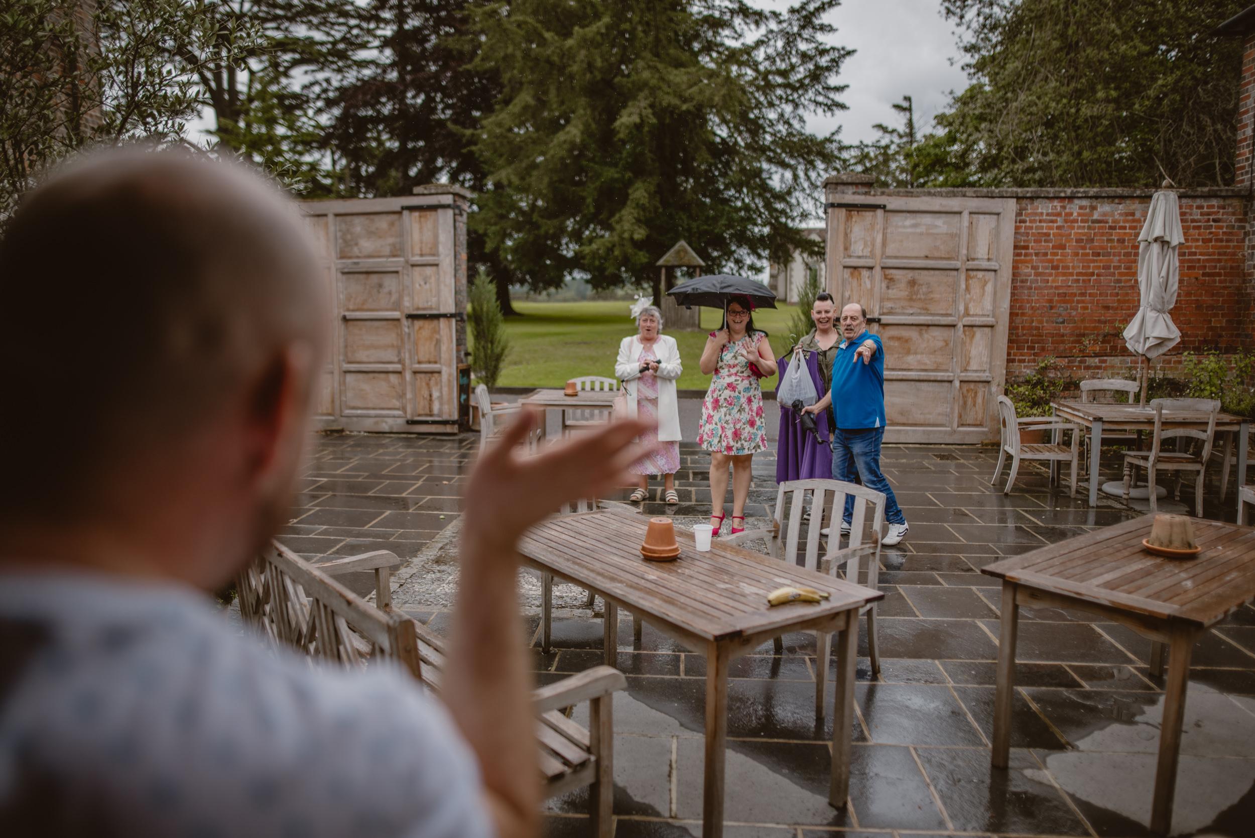 Barry-and-Chaz-wedding-Wasing-Park-Berkshire-Manu-Mendoza-Wedding-Photography-067.jpg